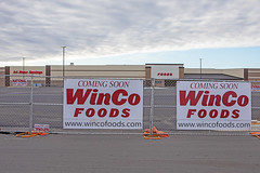 Tulsa WinCo (ezeiza) Tags: oklahoma ok tulsa wincofoods winco foods grocery store supermarket retail sign construction fence building crossing oaks sky cloud