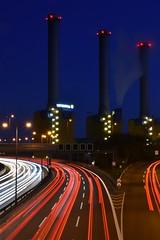 tech-art II (robert.freitag) Tags: nikon nikond7200 sigma sigma1770 longexposure langzeitbelichtung powerplant kraftwerk lights lighttracks lichter cars autos freeway autobahn lichtspuren