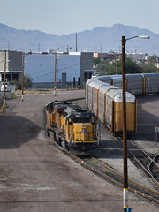 Home Territory (Robby Gragg) Tags: up gp402 1391 phoenix