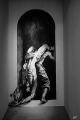 Ernest Pignon (2) (poupette1957) Tags: art atmosphère affiche black city detail deco exposition avignon french fresque graphisme graph humanisme imagesingulières interior life monochrome noiretblanc photographie street town travel urban ville