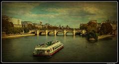 Paris - Paříž_Seine_Ile de la Cité_Pont Neuf_1er Arrondissement (ferdahejl) Tags: paris paříž seine iledelacité pontneuf 1erarrondissement dslr canondslr