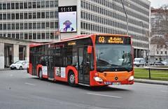 Burgos, plaza de España 02.01.2019 (The STB) Tags: bus autobus autobús busse burgos castillayleón transportepúblico publictransport öpnv transporteurbano citytransport