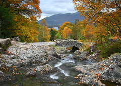 Ashness Bridge (Coless66) Tags: lakedistrict derwentwater bridge river autumn holiday z6 beautiful cumbria views mindfulness mind trees colours november buildingmemories friends together northlakes scenic time calm 18thcentury longexposure le