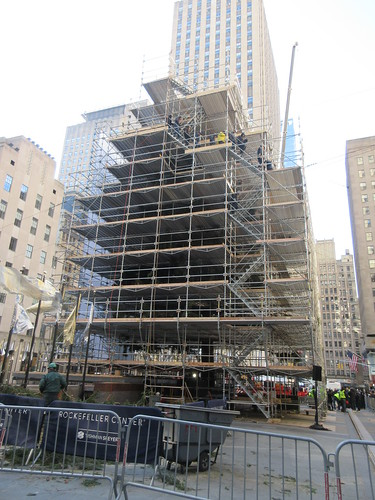 2019 Christmas Tree Rockefeller Center with scaffolding 9650