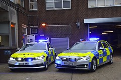 Old and New (S11 AUN) Tags: london metropolitan police bmw 530i 530d estate touring anpr interceptor traffic car roads policing unit rpu 999 emergency vehicle metpolice bx65dvj cx68byb