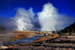 Morning, Midway Geyser Basin, Yellowstone National Park, Wyoming (klauslang99) Tags: klauslang nature naturalworld northamerica midway geyser basin yellowstone national park wyoming eruption steam