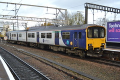 Northern Class 150/1 150119 - Stockport (dwb transport photos) Tags: arriva northern dmu sprinter 150119 stockport