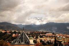 Ventana sobre el horizonte (ricardocarmonafdez) Tags: granada andalucia sierranevada nubes clouds cityscape landscape naturaleza nature luz light nikon d850 24120f4gvr ricardocarmonafdez ricardojcf