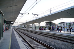 DSC01248 (諾雅爾菲) Tags: sonya7iii europe spain girona 赫羅納 歐洲 西班牙 赫羅納火車站 gironastation