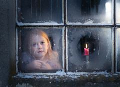 First snow (Maja) (iwona_podlasinska) Tags: girl window looking through candle christmas winter blue childhood iwona podlasinska