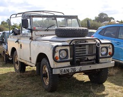 EAN 762J (3) (Nivek.Old.Gold) Tags: 1971 land rover 88 series 2a