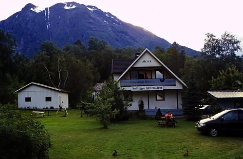 """Norwegen 1998 (383) Trollstigen Gjestegård • <a style=""""font-size:0.8em;"""" href=""""http://www.flickr.com/photos/69570948@N04/49065307912/"""" target=""""_blank"""">View on Flickr</a>"""