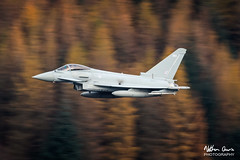 RAF Typhoon FGR.4 ZK363 low level at Thirlmere (NDSD) Tags: low level typhoon eurofighter fgr4 thirlmere cumbria flying jet raf lake district plane sky aircraft aviation panning autumn autumnal trees