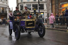 2019 Regent Street Motor Show - 356 - Veteran Cars (D.Ski) Tags: regentstreetmotorshow london londontobrightonveterancarrun veterancar car cars display show nikon d700 uk lbvcr outdoor vehicle 2470mm 2019 regentstreet motorshow londontobrighton