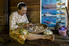 DSC_5258 (Daveoffshore) Tags: david ferguson daveoffshore daveoffshorenetscapenet myanmar people person burmese lady old garlic peel sit sitting work poster boat