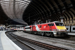 91129 1S12 york plt5 14.11,2019 (Dan-Piercy) Tags: lner class91 91129 yorkstation plt5 1s12 london kingscross edinburgh eastcoast service ecml