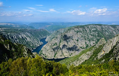Cañones del Sil (Ismael Owen Sullivan) Tags: d5300 digital nikon nature naturaleza natural landscape photography paisaje europa europe españa galicia travel turismo traveler colors cielo clouds colores wallpaper water river rio foto fotografia monte mountain horizont horizonte