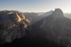 first rays of sunshine (kleiner_eisbaer_75) Tags: half dome yosemite valley nationalpark natur nature monolith felsen rocks morgenlicht licht sonne sun sunrise sonnenaufgang california kalifornien usa