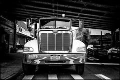 NEW YORK (J.P.B) Tags: nyc truck camion monochrome
