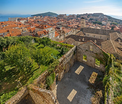 Not everything is yet restored after the dragons burned the city... (Dmitry Shakin) Tags: croatia dubrovnik roofs old town
