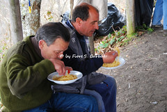 """Somma Vesuviana (NA), 2010, Il """"sabato dei fuochi"""" sul Monte Somma. (Fiore S. Barbato) Tags: italy campania napoli somma vesuviana sommavesuviana monte vesuvio area festa sabato fuochi tammorre tammurriata tammurriate tammorra santa maria castiello santamariaacastiello paranza paranze"""