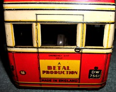 Betal Toys London transport AEC Q type bus rear lower deck. (Ledlon89) Tags: bus buses transport london betal tinplate britishtoys oldtoys londonbus londonbuses londontransport antiquetoys aec qtypebus q aecbus lptb lt lte