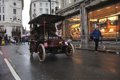 2019 Regent Street Motor Show - 364 - Veteran Cars (D.Ski) Tags: regentstreetmotorshow london londontobrightonveterancarrun veterancar car cars display show nikon d700 uk lbvcr outdoor vehicle 2470mm 2019 regentstreet motorshow londontobrighton