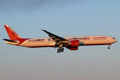 VT-ALN (JBoulin94) Tags: vtaln airindia air india boeing 777300er special livery washington dulles international airport iad kiad usa virginia va john boulin