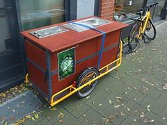 Bike Kitchen (mkorsakov) Tags: münster city innenstadt fahrrad bike bicycle lastenrad cargobike küchenzeile schwertransport cff cargobikersforfuture