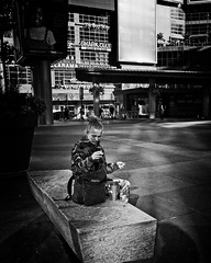 Coffee, smoke and iTunes (bj_to_streetphotos) Tags:
