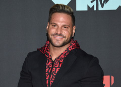 Jersey Shore's Jen Harley accuses Ronnie Ortiz-Magro of 'hooking up' with her friend after 'domestic violence attack' (ajfamoustk) Tags: jersey shore's jen harley accuses ronnie ortizmagro 'hooking up' with her friend after 'domestic violence attack' images google entertainment gr8pic