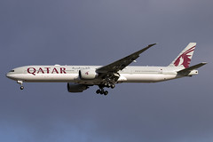 A7-BEP (JBoulin94) Tags: a7bep qatar airways boeing 777300er washington dulles international airport iad kiad usa virginia va john boulin