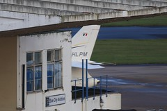 F-HLPM ~ 2019-11-13 @ BHX (2) (www.EGBE.info) Tags: fhlpm birminghamairport bhx egbb aircraftpix generalaviation aircraftpictures airplanephotos aerroplane aeroplanepictures cvtwings planespotting aviation davelenton httpwwwegbeinfo canoneos800d 13112019 dassaultfalcon falcon2000 mechelinairservices
