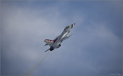 **SKY IS THE LIMIT** (Rich Zoeller Photography) Tags: richzoeller zoeller nyphotographer usaf unitedstatesairforce airforce military f16 jet sky plane pilot newyork sigma canon action explore awesome jonesbeach airshow longisland
