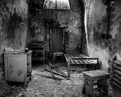 esp (rosserx) Tags: easternstatepenitentiary philadelphia decay crusty old prison abandoned monochrome blackandwhite