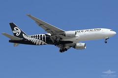 ZK-OKA B772 AIR NEW ZEALAND (QFA744) Tags: zkoka b772 air new zealand