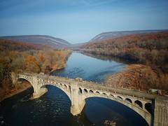 Delaware River Viaduct/Delaware Water Gap (Tim Loesch) Tags: drone river delaware delawareriver nj newjersey delawarewatergap djispark