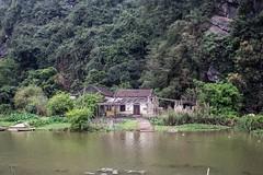 La caseta del rio (rraass70) Tags: canon d700 rio agua ninbinh deltadelriorojo vietnam