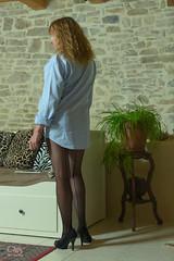 reflexion (JC-BX) Tags: nikon portrait jambes legs woman lady femme blonde shooting muse