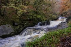 Cascade Monts d'Arrée (Phil's EYE) Tags: cascade monts breizh brittany bzh finistère france french paysage forêt rivière eau automne sony a77mark2 zeiss dt1680mmf3545 finistére