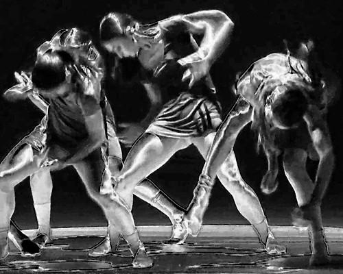Dance ¬ 0543