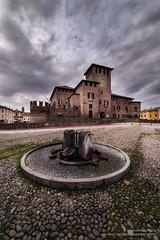 Fontanellato e nuvole. (antoniopedroni photo) Tags: nuvole clouds fontanellato castello fontana piazza