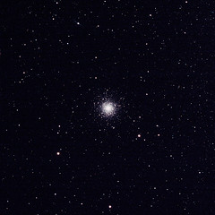 Globular Cluster NGC 362 (Ggreybeard) Tags: globularcluster tucana ngc362 caldwell104 c104 zwoasi071 skywatcher esprit120 eq6r astronomy space universe cosmos astrometrydotnet:id=nova3739118 astrometrydotnet:status=solved