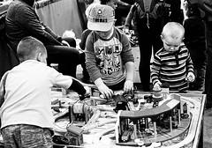 Thomas & Friends (Bytormsa) Tags: thomas nikon nikkor f4 bw trix film children playing