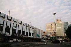 Oyama Station in the early morning (しまむー) Tags: pentax mz3 smc a 28mm f28 kodak gold 200 北海道&東日本パス 普通列車 local train trip east japan