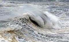 Symphonie de la mer .... (Armelle85) Tags: extérieur nature mer océan vague graphisme