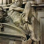 28 Микеланджело. Гробница Джулиано Медичи. Фигура День