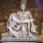 35 Микеланджело. Пьета, 1499. Собор св. Петра, Рим