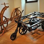 52в Изобретения Леонардо. Велосипед и самоходная повозка