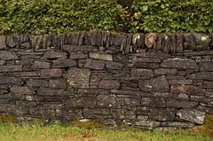 Drystone wall at Ellenabeich (James Holland) Tags: ellenabeich argyll wall drystone